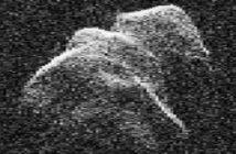 """Asteroide """"potencialmente perigoso"""" passa perto da Terra"""