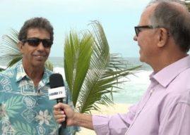 Aroldo Machado entrevista o embaixador do surfe Rico de Souza
