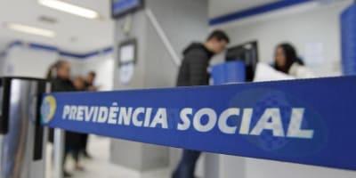 INSS começa a pagar 50% do 13º para aposentados que ganham acima do salário mínimo