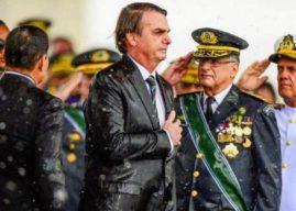 No dia do Exército, Bolsonaro recebe índios em Brasília