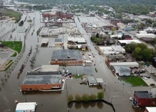 Tornados e tempestades devastam regiões do Mississipi
