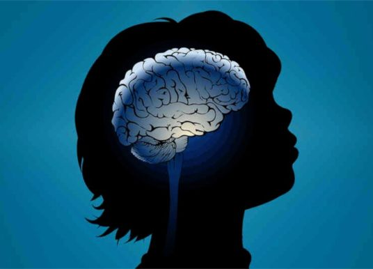 Paralisia cerebral infantil pode afetar desenvolvimento motor e cognitivo